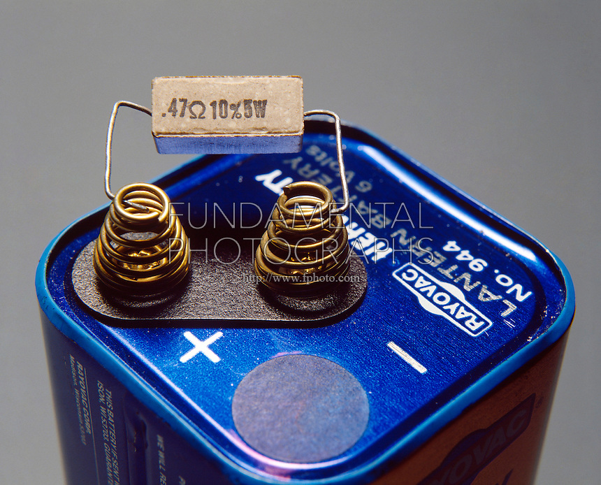 ELECTRICAL CIRCUIT WITH CERAMIC COIL RESISTOR<br />