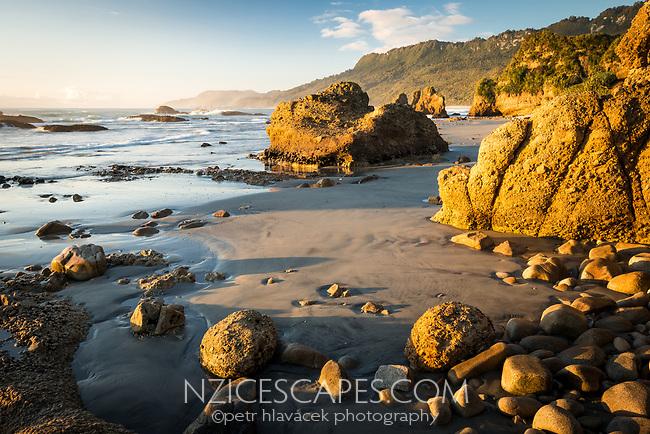 Sunset at Woodpacker Bay near Punakaiki, Paparoa National Park, Buller Region, West Coast, New Zealand, NZ