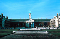 Sir Christopher Wren: Royal Hospital Chelsea. Frontal elevation. Photo '79.