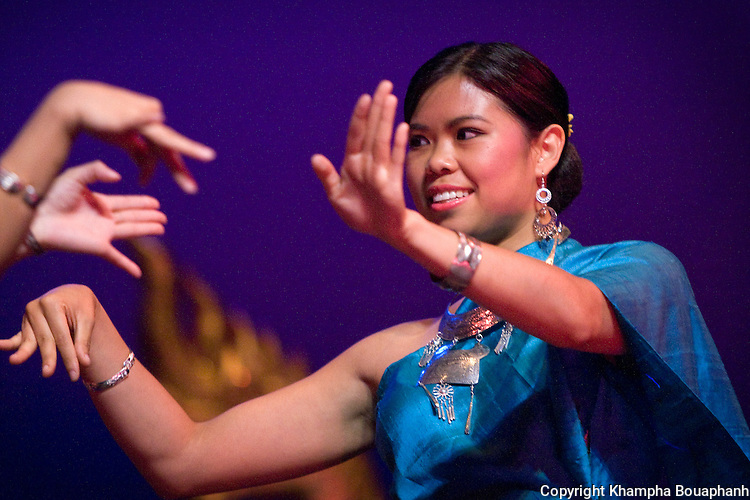 Phonetip Sivilay of the Kinnaly Dance Troupe performs Lum Mahaxay-Lum Tungvaii during the first annual Lao Artists Festival in Elgin, IL on August 21, 2010.  (photo by Khampha Bouaphanh)