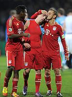 Fussball DFB Pokal:  Saison   2011/2012  Achtelfinale  20.12.2011 VfL Bochum - FC Bayern Muenchen  David Alaba, Franck Ribery, Rafinha (v. li., FC Bayern Muenchen)