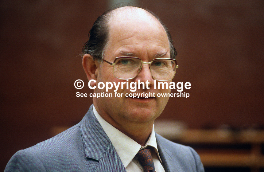 Billy Jackson, N Ireland official, COHSE, trade union, UK, 19840052BJ..Copyright Image from Victor Patterson, 54 Dorchester Park, Belfast, UK, BT9 6RJ..Tel: +44 28 9066 1296.Mob: +44 7802 353836.Voicemail +44 20 8816 7153.Skype: victorpattersonbelfast.Email: victorpatterson@me.com.Email: victorpatterson@ireland.com (back-up)..IMPORTANT: If you wish to use this image or any other of my images please go to www.victorpatterson.com and click on the Terms & Conditions. Then contact me by email or phone with the reference number(s) of the image(s) concerned.