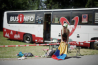 yelled her lungs out and then amped that up via a PA next to the bus<br /> <br /> Stage 18 (ITT) - Sallanches &rsaquo; Meg&egrave;ve (17km)<br /> 103rd Tour de France 2016