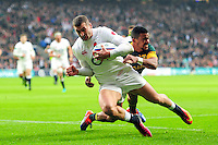 Jonny May of England looks to reach the try-line. Old Mutual Wealth Series International match between England and South Africa on November 12, 2016 at Twickenham Stadium in London, England. Photo by: Patrick Khachfe / Onside Images