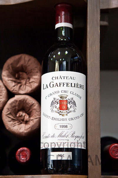 Chateau La Gaffeliere 1er Grand Cru Classe  vintage 1998 fine wine on sale, St Emilion, Bordeaux, France