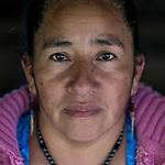 20 noviembre 2014. <br /> Aurora Velazquez (42 a&ntilde;os). Hermana de Rogelio uno de los presos pol&iacute;ticos de la protesta. Activista en contra de la hidroel&eacute;ctrica Ecoener, en Santa Cruz de Barillas, Guatemala.<br /> La llegada de algunas compa&ntilde;&iacute;as extranjeras a Am&eacute;rica Latina ha provocado abusos a los derechos de las poblaciones ind&iacute;genas y represi&oacute;n a su defensa del medio ambiente. En Santa Cruz de Barillas, Guatemala, el proyecto de la hidroel&eacute;ctrica espa&ntilde;ola Ecoener ha desatado cr&iacute;menes, violentos disturbios, la declaraci&oacute;n del estado de sitio por parte del ej&eacute;rcito y la encarcelaci&oacute;n de una decena de activistas contrarios a los planes de la empresa. Un grupo de ind&iacute;genas mayas, en su mayor&iacute;a mujeres, mantiene cortado un camino y ha instalado un campamento de resistencia para que las m&aacute;quinas de la empresa no puedan entrar a trabajar. La persecuci&oacute;n ha provocado adem&aacute;s que algunos ecologistas, con &oacute;rdenes de busca y captura, hayan tenido que esconderse durante meses en la selva guatemalteca.<br /> <br /> En Cob&aacute;n, tambi&eacute;n en Guatemala, la hidroel&eacute;ctrica Renace se ha instalado con amenazas a la poblaci&oacute;n y falsas promesas de desarrollo para la zona. Como en Santa Cruz de Barillas, el proyecto ha dividido y provocado enfrentamientos entre la poblaci&oacute;n. La empresa ha cortado el acceso al r&iacute;o para miles de personas y no ha respetado la estrecha relaci&oacute;n de los ind&iacute;genas mayas con la naturaleza. &copy;Calamar2/ Pedro ARMESTRE<br /> <br /> The arrival of some foreign companies to Latin America has provoked abuses of the rights of indigenous peoples and repression of their defense of the environment. In Santa Cruz de Barillas, Guatemala, the project of the Spanish hydroelectric Ecoener has caused murders, violent riots, the declaration of a state of siege by the army and the impriso