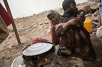 Thursday 16 July, 2015: Displaced young girls from the heavy fighting and bombarments in Sa'dah governorate and Haradh bordertown are seen in a temporary settlement in the outskirts of Khamer city in the Amran province of Yemen. (Photo/Narciso Contreras)