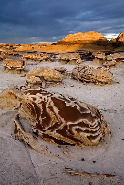 Late evening light on the &quot;Egg Garden&quot;. Bisti / De-Na-Zin Wilderness in northwest New Mexico.