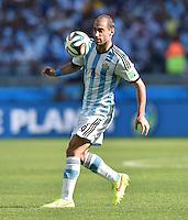 FUSSBALL WM 2014  VORRUNDE    GRUPPE F     Argentinien - Iran                         21.06.2014 Pablo Zabaleta (Argentinien) am Ball