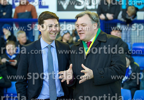 11.01.2014, Goodison Park, Liverpool, ENG, Premier League, FC Everton vs Norwich City, 21. Runde, im Bild Everton supporter Andy Burnham (MP for Leigh) and Norwich City supporter Ed Balls (MP for Morley and Outwood) during the Premiership match at Goodison Park // during the English Premier League 21th round match between Everton FC and Norwich City FC at the Goodison Park in Liverpool, Great Britain on 2014/01/11. EXPA Pictures &copy; 2014, PhotoCredit: EXPA/ Propagandaphoto/ David Rawcliffe<br /> <br /> *****ATTENTION - OUT of ENG, GBR*****