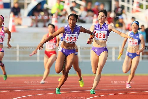 Iyoba Edber, JULY 29, 2015 - Athletics : 2015 All-Japan Inter High School Championships, Women's 4100mR at Kimiidera Athletic Stadium, Wakayama, Japan. (Photo by YUTAKA/AFLO SPORT)