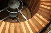Honey extraction, extract.
