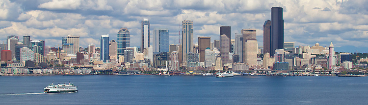 Seattle Skyline Admiral Way