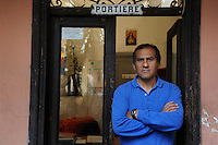 Gente del 30.People of 30.Portiere.Porter..William Edgar Santillan Trigoso,peruviano,48 anni.In Italia dal 1992 ed oggi cittadino italiano.William Edgar Santillan Trigoso, Peru, 48 years old.In Italy since 1992 and now is Italian citizen....