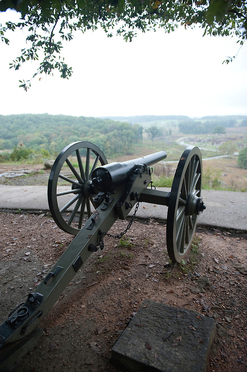 UNITED STATES -Sept 28: Gettysburg National Military Park. Cannons are set up in the area known as Little Round Top where  Union General Kemble Warren from the high ground defeated the southern troops down in the fields and woods below. (Photo By Douglas Graham/Roll Call )