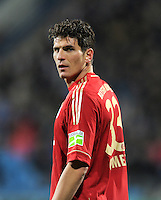 Fussball DFB Pokal:  Saison   2011/2012  Achtelfinale  20.12.2011 VfL Bochum - FC Bayern Muenchen  Mario Gomez (FC Bayern Muenchen)