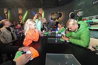 SCHAATSEN: HEERENVEEN: 26-10-2013, IJsstadion Thialf, NK afstanden, KPN Clubhuis, handtekeningensessie, Koen Verweij, ©foto Martin de Jong