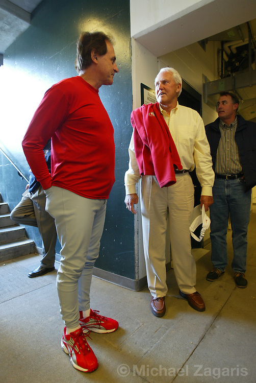 SAN FRANCISCO - AUGUST 1:  Tony LaRussa  of the St. Louis Cardinals and Bill Walsh during the MLB game against the San Francisco Giants at SBC Park on August 1, 2004 in San Francisco, California. The Cardinals defeated the Giants 6-1. (Photo by Michael Zagaris/MLB Photos via Getty Images)