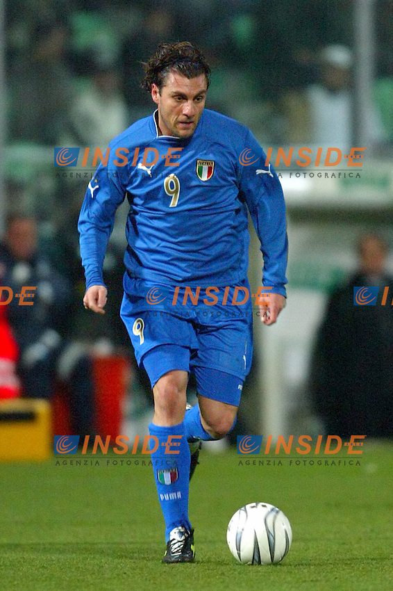 Palermo 18/2/2004 Amichevole - Friendly Match <br /> Italy Czech Republic - Italia Repubblica Ceca 2-2 <br /> Christian Vieri (Italy)<br /> Photo Andrea Staccioli Insidefoto