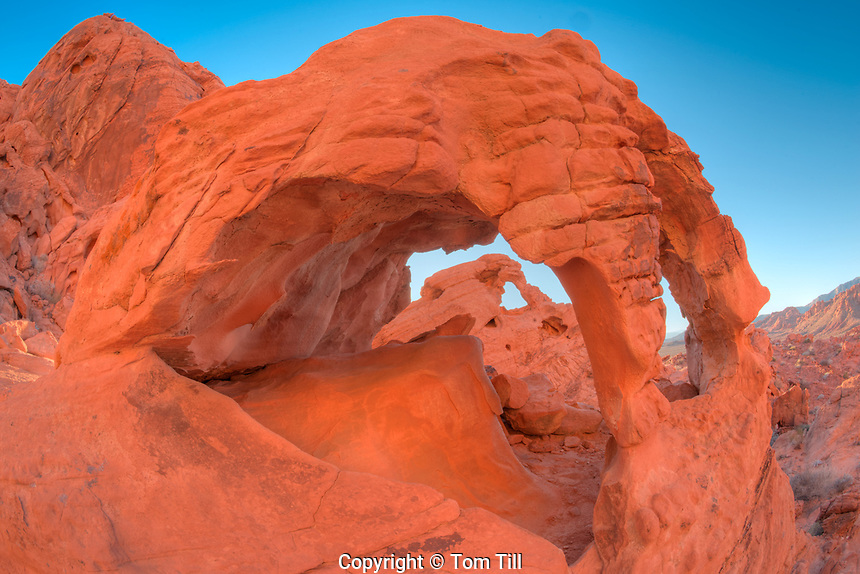 Pretzel Arch, Valley of Fire State Park, Nevada, Framing another arch