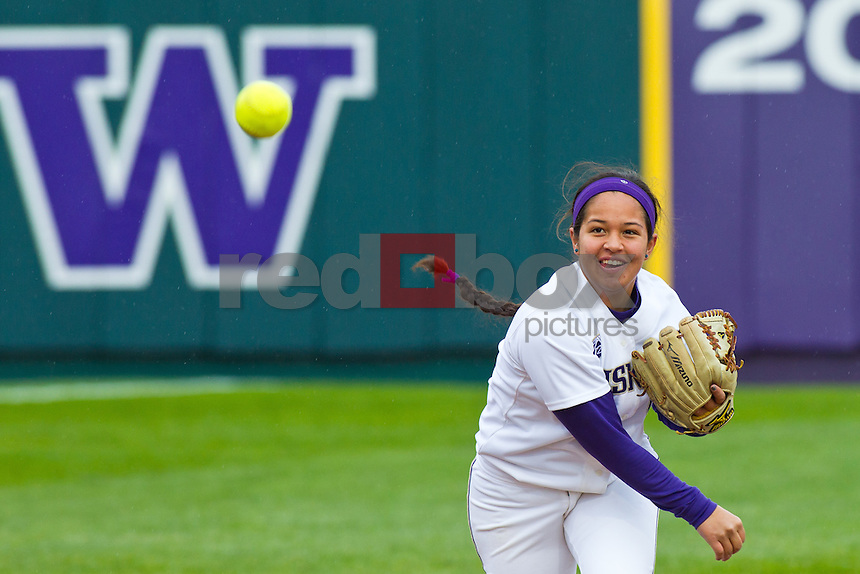 Kimberlee Souza..--------Washington Huskies softball team versus Seattle University at UW on Saturday, March 10, 2012. (Photo by Dan DeLong/Red Box Pictures)