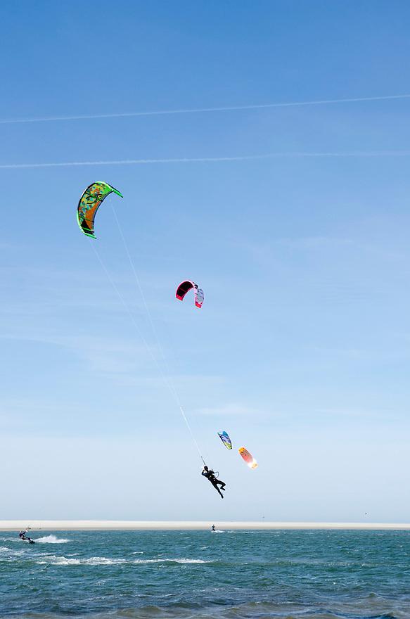 12april2015<br /> Leren surfen bij een kite surf school.<br /> <br /> (c)renee teunis