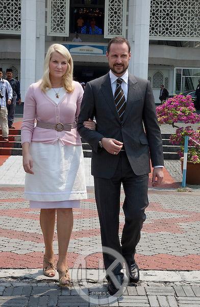 Crown Prince Haakon, and Crown Princess Mette Marit of Norway, on a three day official visit to Malaysia,.visit to Shah Alam Square, and view The Blue Mosque