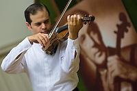Violin Contest 2012