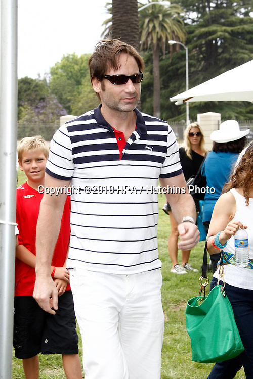 David Duchovny.arrives at the 2010 A Time For Heroes  Benfiting the Elizabeth Glaser Pediatric Aids Foundation.Wadsworth Theater Grounds.Westwood, CA.June 13, 2010.©2010 HPA / Hutchins Photo..