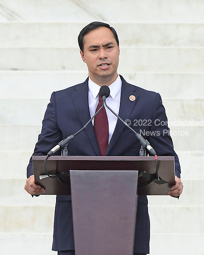 United States Representative Joaquin Castro (Democrat of Texas) makes remarks at the Let Freedom Ring ceremony on the steps of the Lincoln Memorial to commemorate the 50th Anniversary of the March on Washington for Jobs and Freedom<br /> Credit: Ron Sachs / CNP