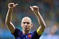 FUSSBALL WM 2014  VORRUNDE    Gruppe B     Spanien - Niederlande                13.06.2014 Arjen Robben (Niederlande)  jubelt nach dem Abpfiff