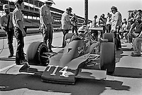 INDIANAPOLIS, IN - MAY 25: AJ Foyt prepares to drive his Parnelli VPJ6C/Cosworth during practice for the Indy 500 at the Indianapolis Motor Speedway in Indianapolis, Indiana, on May 25, 1980.