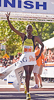 Ottawa, Ontario ---25/05/08--- David Cheruiyot runs during the ING Ottawa Marathon, May 26, 2008..GEOFF ROBINS /