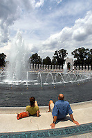 June 2, 2004 Washington, D.C. WWII Memorial..Tourist enjoy the views at the WWII Memorial ..(C )2004 Sandy Schaeffer/MAI Sandy Schaeffer Photography - Washington DC Photographer<br />