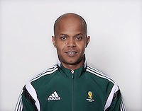 FUSSBALL Fototermin FIFA WM Schiedsrichterassistenten 09.04.2014 Ebrahim SALEH (Bahrain)