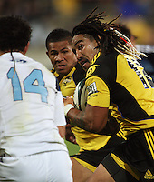 Hurricanes second five Ma'a Nonu runs at Rene Ranger with David Smith in support during the Super 14 rugby union match between the Hurricanes and Blues at Westpac Stadium, Wellington, New Zealand on Friday 1 May 2009. Photo: Dave Lintott / lintottphoto.co.nz