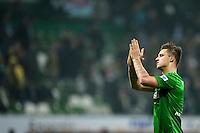 FUSSBALL   1. BUNDESLIGA   SAISON 2012/2013    22. SPIELTAG SV Werder Bremen - SC Freiburg                                16.02.2013 Marko Arnautovic (SV Werder Bremen) dankt den Bremer Fans nach dem Abpfiff