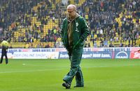 FUSSBALL   1. BUNDESLIGA   SAISON 2011/2012   26. SPIELTAG Borussia Dortmund - SV Werder Bremen               17.03.2012 Trainer Thomas Schaaf (SV Werder Bremen) enttaeuscht