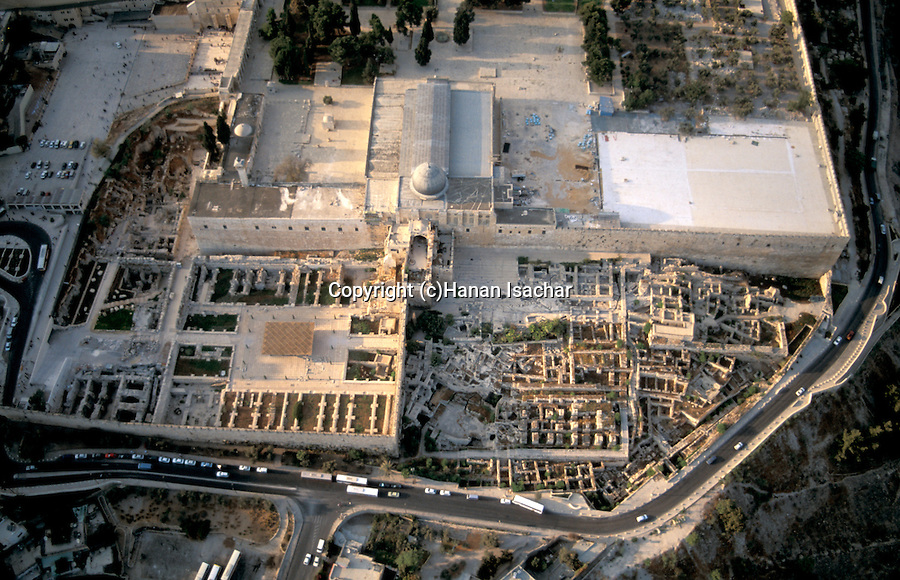 Israel, Jerusalem, an aerial view of Al Aqsa Mosque and Jerusalem Archaeological park