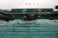 Rain Stops Play..Tennis - French Open - Day 3 - Tues 26th May 2009 - Roland Garros - Paris - France..Frey Images, Barry House, 20-22 Worple Road, London, SW19 4DH.Tel - +44 20 8947 0100.Cell - +44 7843 383 012