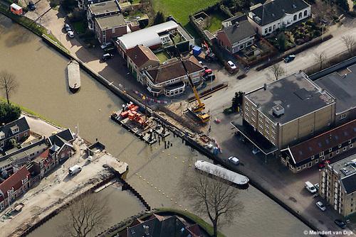 Vervanging Stationsbrug over Van Harinxmakanaal en aanleg Oosterpoortsbrug Oud Kaastveld-Zuiderkade-Turfmarkt.
