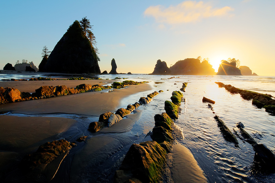Sunset over ocean waves, sea stacks, rocks and sandy beach, Shi Shi Beach, Olympic National Park, Washington Coast, USA