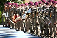 Militar troops at Moncloa Palace