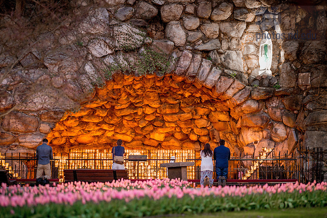 Apr. 17, 2016; Grotto (Photo by Matt Cashore/University of Notre Dame)