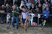 FIERLJEPPEN: BURGUM: 18-07-2015, Keningsljeppen, Oane Galama (koning), Marrit van der Wal (koningin) en Folkert Veldstra (prins), Bart Helmholt, ©foto Martin de Jong