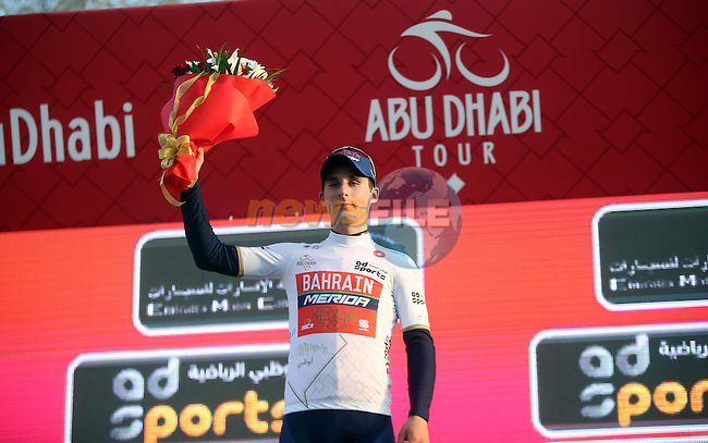 Niccolo Bonifazio (ITA) Bahrain-Merida wears the young riders White Jersey on the podium at the end of Stage 1 Emirates Motor Company Stage of the 2017 Abu Dhabi Tour, running 189km from Madinat Zayed through the desert and back to Madinat Zayed, Abu Dhabi. 23rd February 2017<br /> Picture: ANSA/Matteo Bazzi | Newsfile<br /> <br /> <br /> All photos usage must carry mandatory copyright credit (&copy; Newsfile | ANSA)