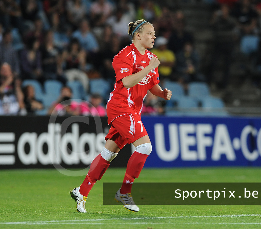 Uefa Women 's Champions League Final 2010 at  Coliseum Alfonso Perez in Getafe , Madrid : Olympique Lyon - Turbine Potsdam : Isabel Kerschowski ..foto DAVID CATRY / Vrouwenteam.be