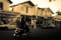 ENJOY THE RIDE.  HOSSEGOR, France (Saturday, 3rd October, 2009) - . Photo: joliphotos.com