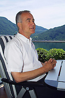 Italy. Province of Lombardia. Valsolda (Como). Kurt Felix at home. Star of the swiss german television (DRS). Kurt Felix died in St Gallen hospital on may 16 2012 from cancer at the age of 72. © 2005 Didier Ruef
