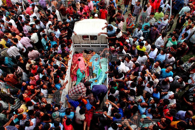 Bangladesh: Deadly Factory Collapse by GMB Akash